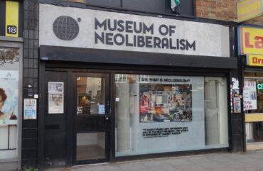 Naš najljubši sovražnik – neoliberalizem